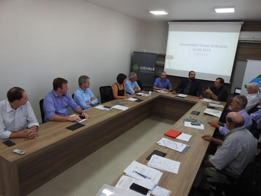 Combate à estiagem e medidas contra o coronavírus são debatidos em assembleia da Amvarp