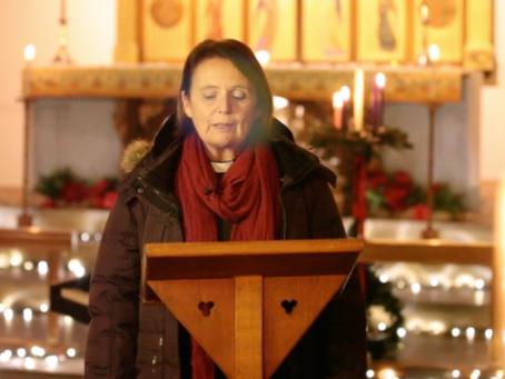 A dementia-friendly online Christmas service