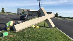 Local 18 Members Make Huge Cross for Calvary Church