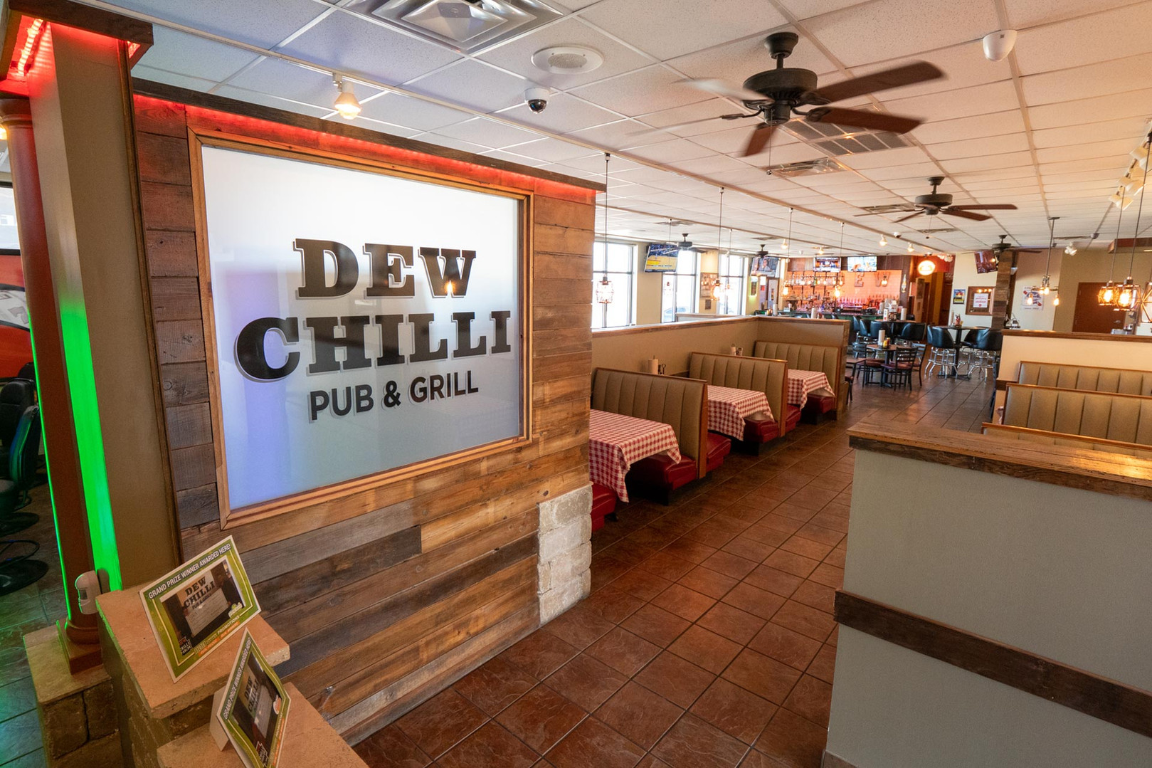 Welcome to DEW Chili on Dirksen in Springfield, IL