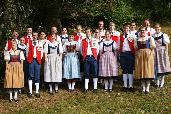 Trachtengruppe Menzingen Trachtentangruppe Tanzgruppe