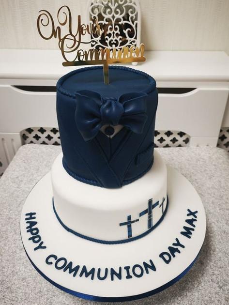 Max2 Communion Cake
