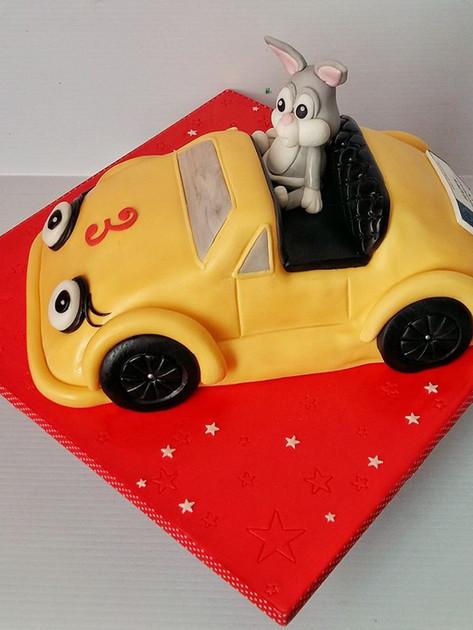 Bugs Bunny Car Cake