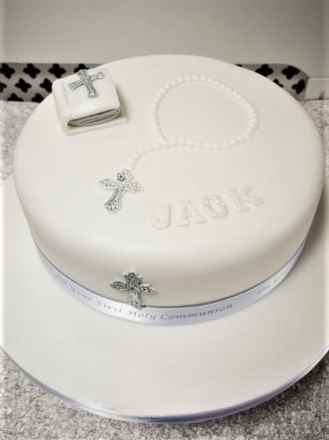 Laura Communion Cake