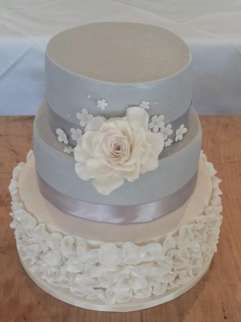Julia Wedding Cake