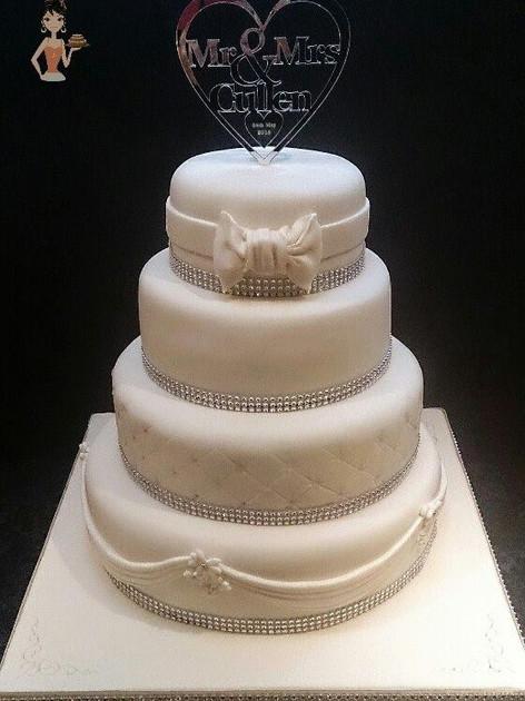 Catriona Wedding Cake