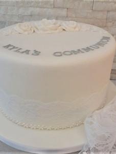 Kyla Communion Cake