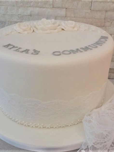 Kyla Communion Cake
