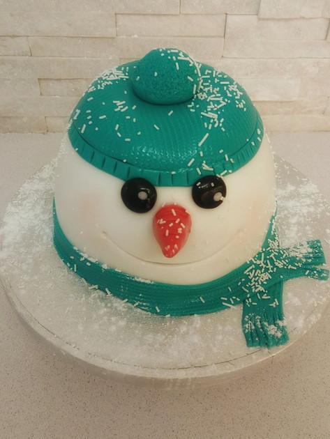 Snowman Pudding Cake