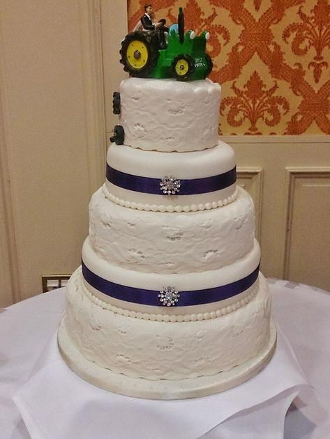 Maria Wedding Cake