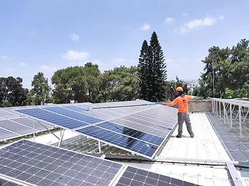 שטיפה ותחזוקה - מערכות סולאריות