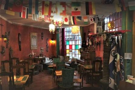 hurricane bar - cocktail restaurant