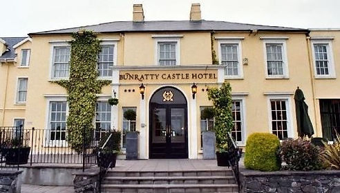 Bunratty-Castle-Hotel-Ext.jpg