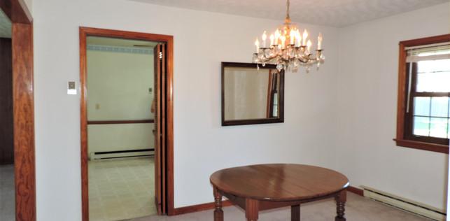 7 Dinning Room.jpg