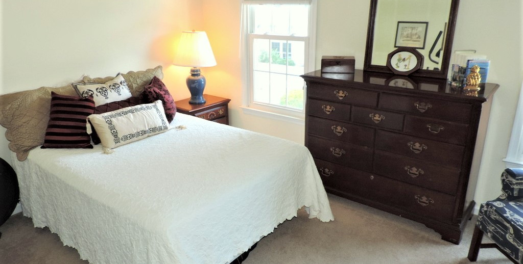 11 Bedroom 3.jpg