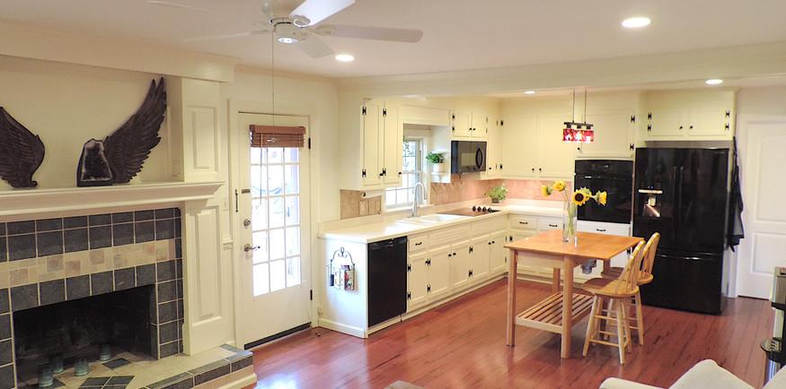 2 Den open to kitchen.JPG