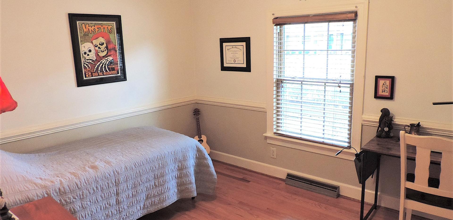 7 Bedroom 2.jpg