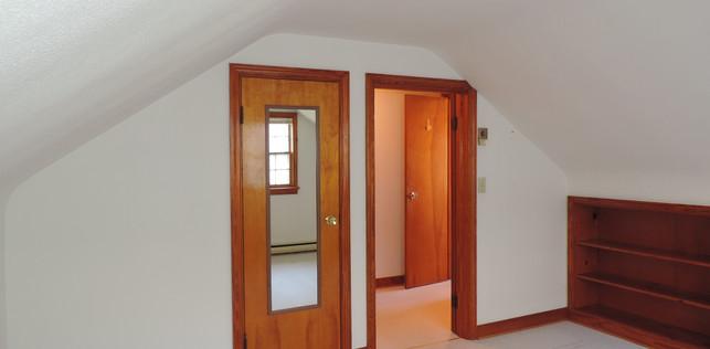 12 Upstairs Bedroom 2.JPG