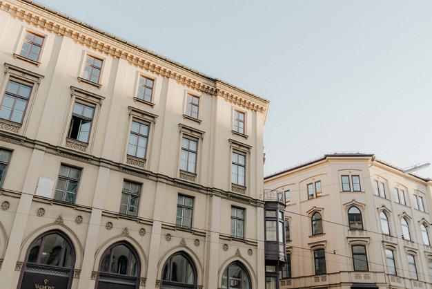 Maximilianstraße Häuserfassade