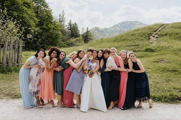 Brautjungfern Gruppenfoto Hochzeitsfotograf Schliersee