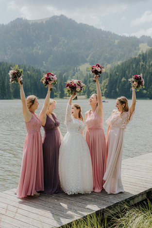 Gruppenfoto Brautjungfern am Spitzingsee