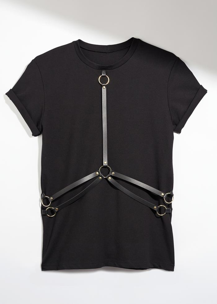 UNCUFFED-Harness-Tee_700x