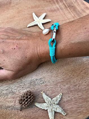 Bracelet cuir turquoise /perle