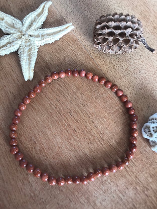 Bracelet fin pierre de soleil