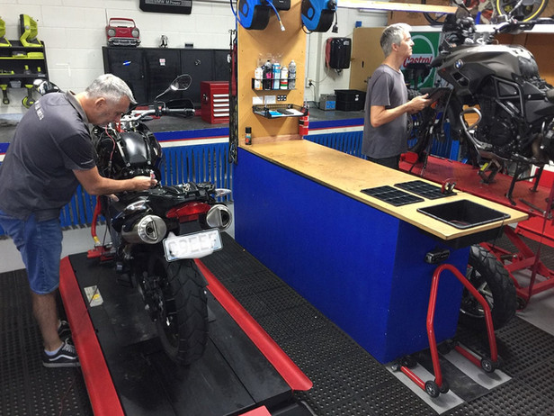 BMW-Workshop-Service-Repair.jpg