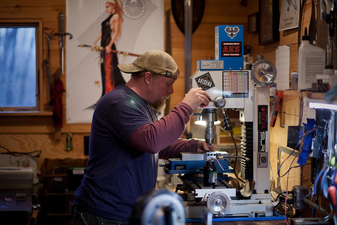 knifemaker-calebwhite-shoppics-fullres.j