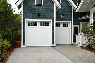 garage-door-2578740_1920.jpg