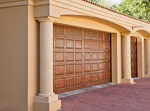 real-estate-374190_1920.jpg