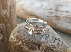 Spinner Ring with Gold -NEW