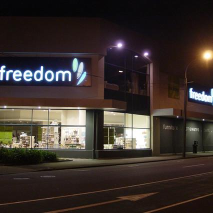 Freedom  & Liv. Kitchens014.JPG