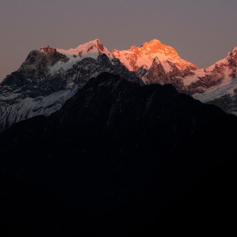 Last light Manaslu