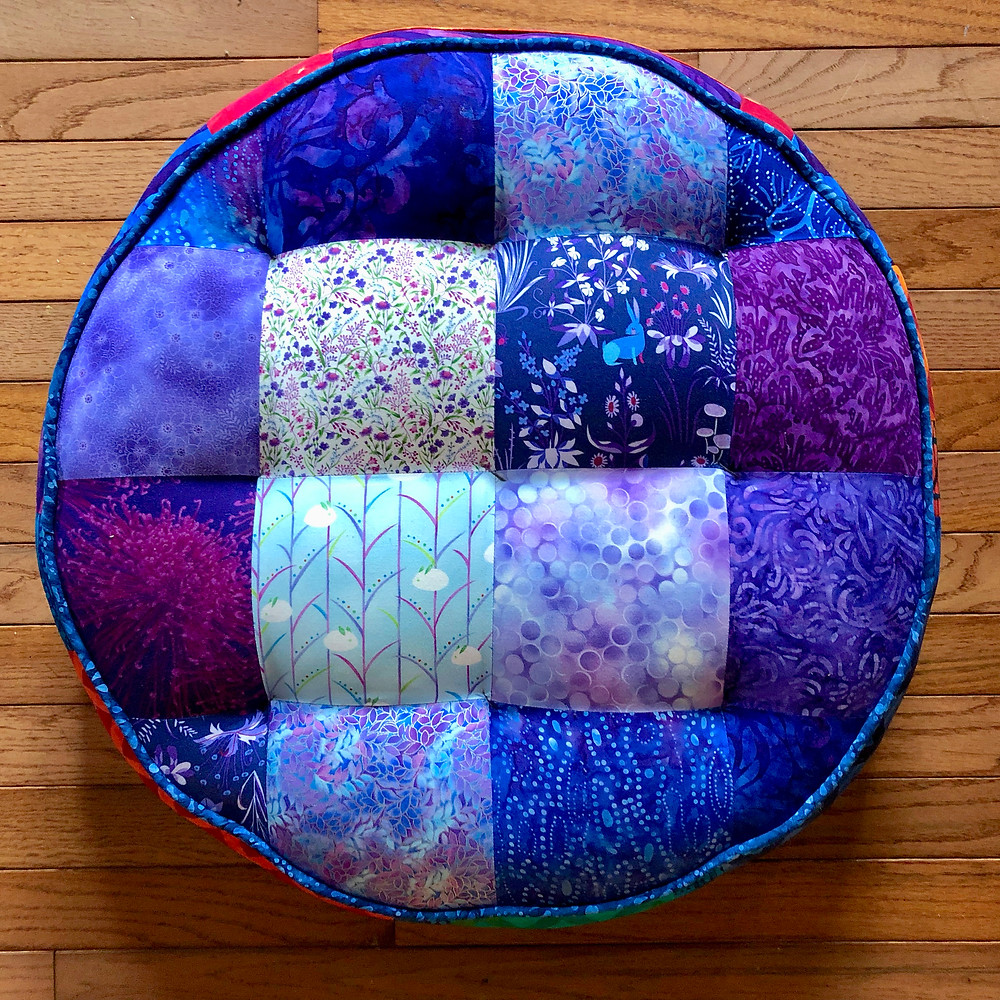 Yoga tuffet, purple side