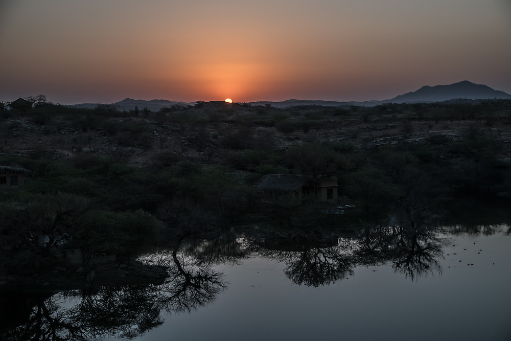 Sunrise, Lakshman Sagar, India