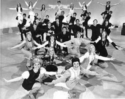 EF1905-dancer.JPG.gallery