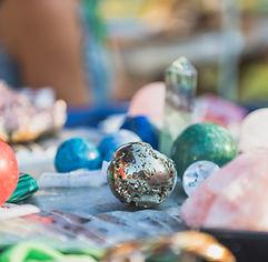 Healing chrystal stones.jpg Colorful, ma