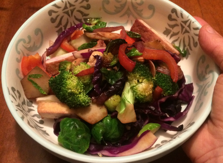 Stir fry with coconuts and curry marinated tofu