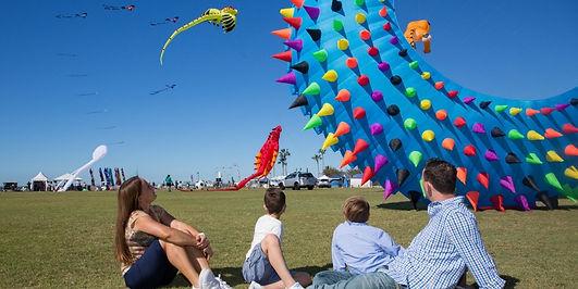 Redcliffe_Festival_KiteFest_Family_Event_near_Brisbane_Kite_Displays.jpg