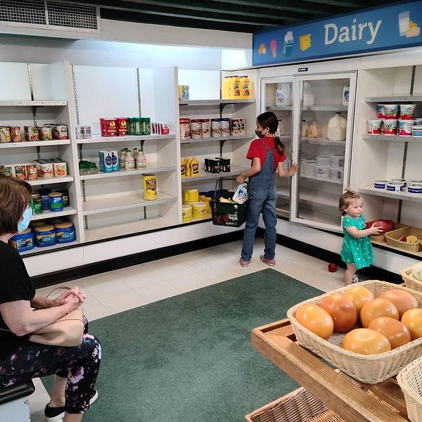 groceries at magic house_silberberg_apri