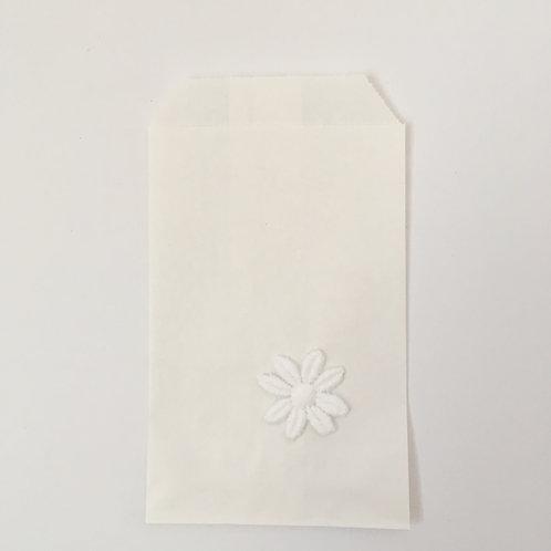 Tütchen Stoffblume