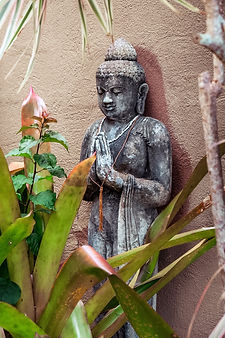 Statue Photo.jpg