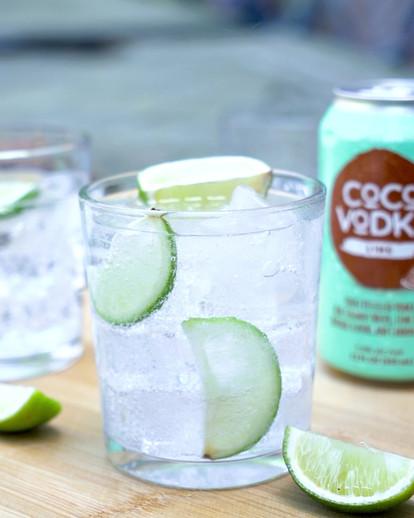 CoCo Vodka Lime Pour Slow Motion.mp4