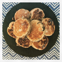 It's #worldveganday today! Tag someone who would be into our vegan welsh-cakes which are lightly spi