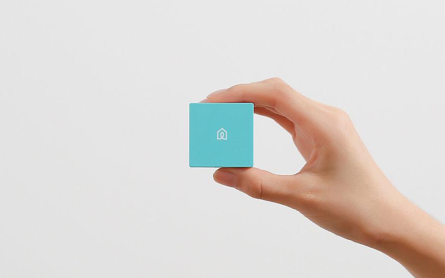 hd_lifesmart_banner_cube_hand.jpg