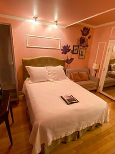 Pink room 3.JPG