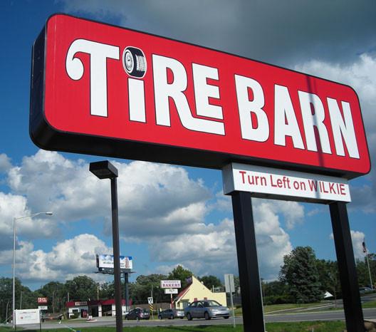 custom-sign-cabinets-tire-barn.jpg