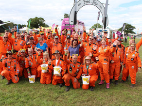CarFest 2017 – Part 2 – Fancy Dress and the Sunset